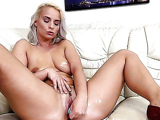 Big-boobed Hot Af Blonde Ebba Gets Nude To Masturbate Her Moist Puss