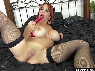 Crimson Haired Bombshell Alyssa Lynn Is Frolicking Always Orgy-starved Labia