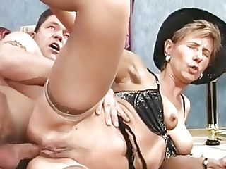 Moms Very First Deep Anal Intercourse
