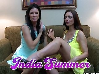 India Summer Gives A Pussy Eating To Big-chested Gf Mindi Mink