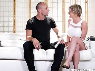 Obedient Giant Titted Mummy Dee Williams Rails Fuck-stick Truly Crazy
